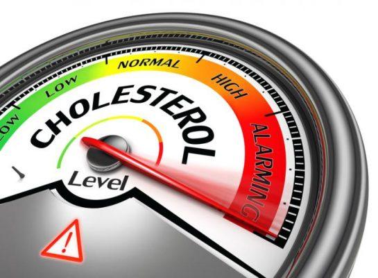 dấu hiệu của mắt về tình trạng cholesterol cao trong máu như thế nào
